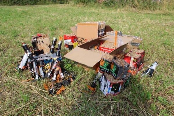Feuerwerk Reste entsorgen